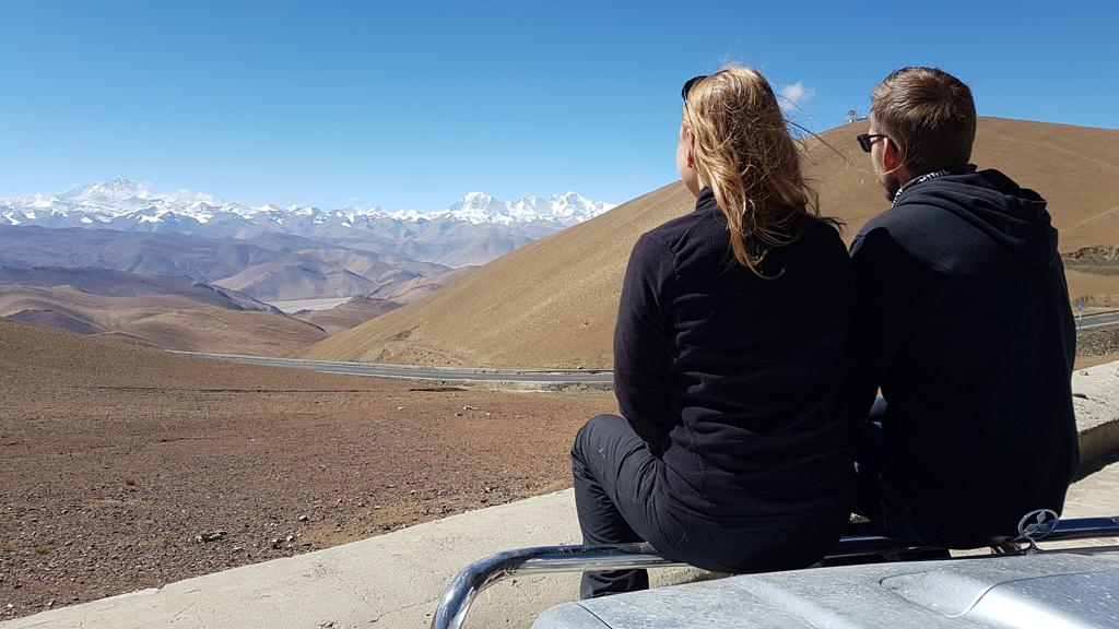Wir genießen den Ausblick auf das Himalaya-Massiv rund um den Mt. Everest