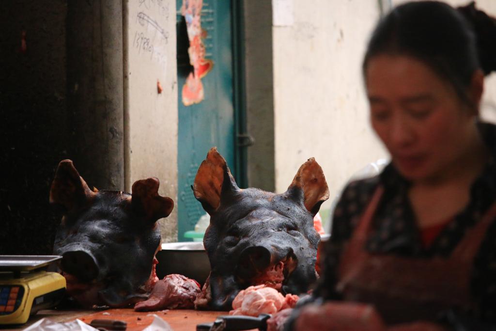 Schwein auf dem Markt