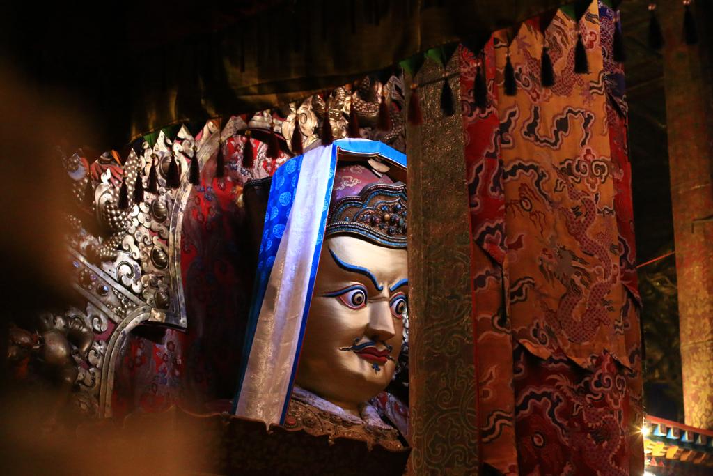 Statue von Guru Rinpoche