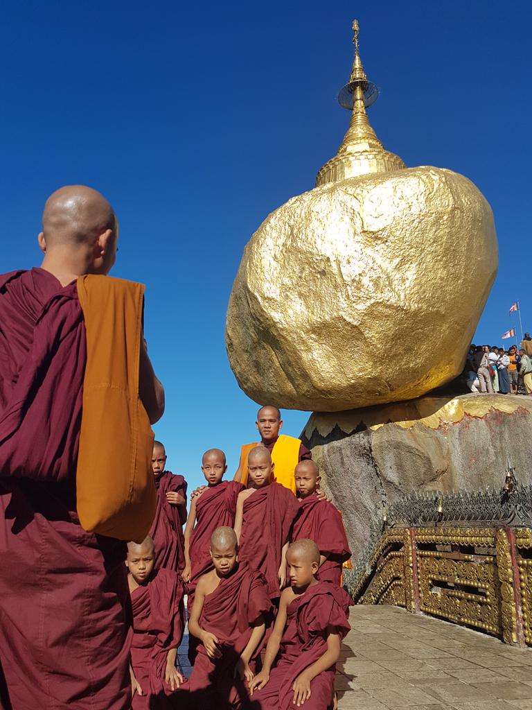 Auch für Mönche ist der Ort ein beliebtes Ziel