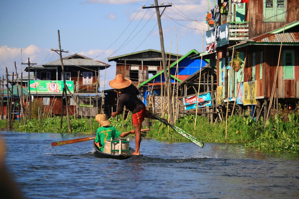 Fortbewegungsmethode der Einwohner - Das Boot