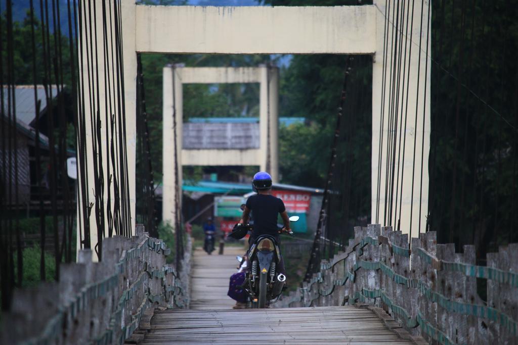 Über diese Brücke konnten wir dann doch nicht mit dem Auto...