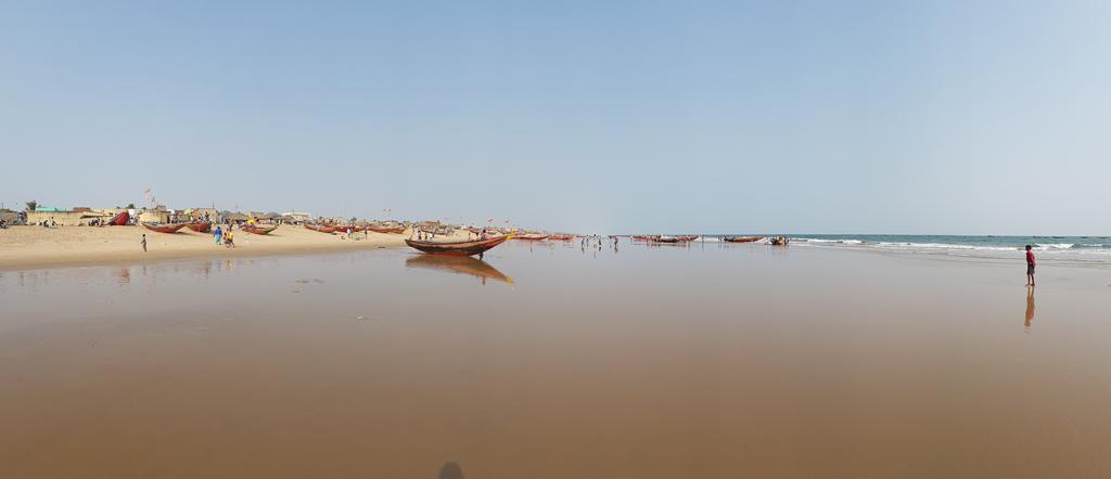 In Puri sehe ich zum ersten Mal den Indischen Ozean. Der Golf von Bengalen, an dem ich hier stehe ist Teil davon.