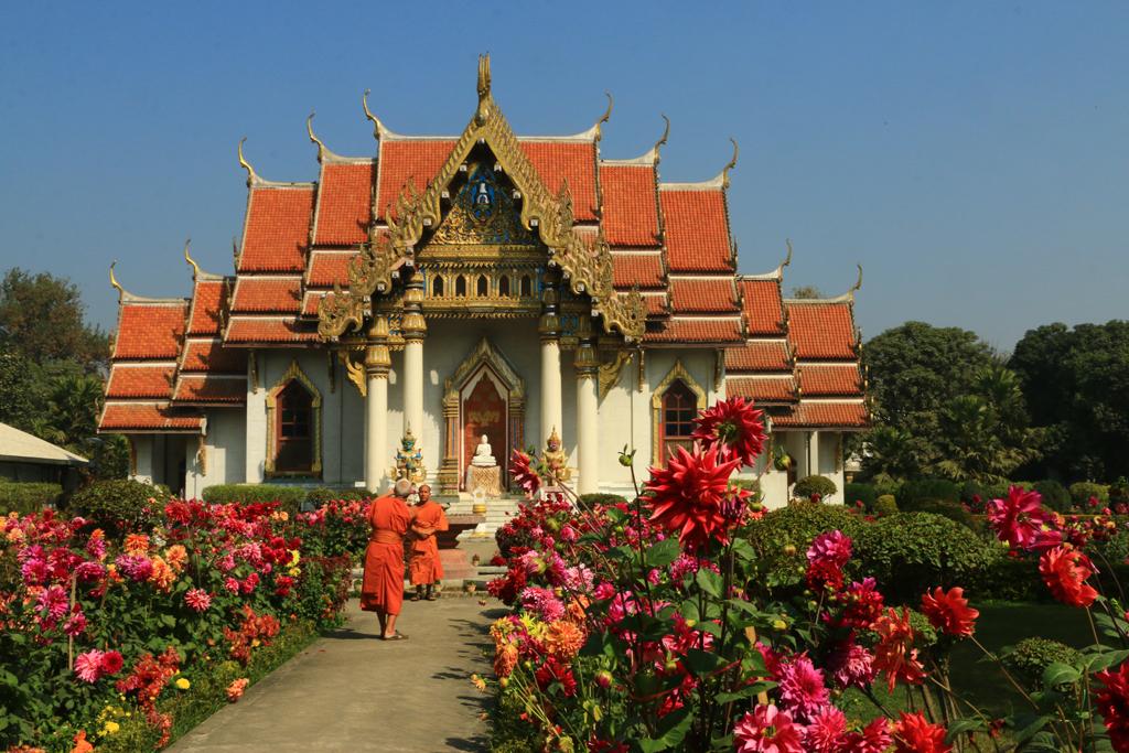 Der thailändische Tempel. Einer der schönsten Tempel auf dem Areal