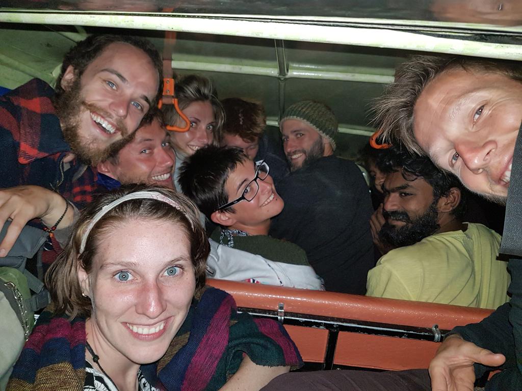 Ausflug mit der Rikscha: Wie viele Personen bekommt man in eine Rikscha